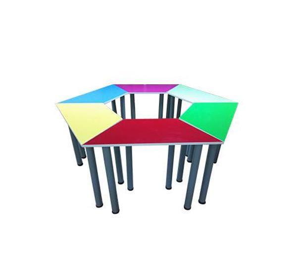 团体辅导课桌椅